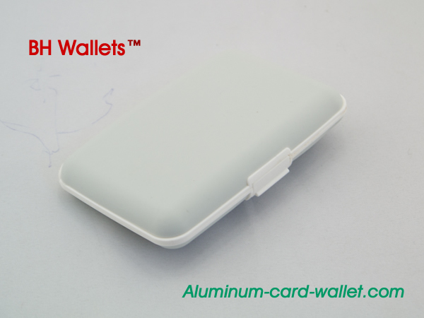 Silicone Wallet With Compact Design Silver White